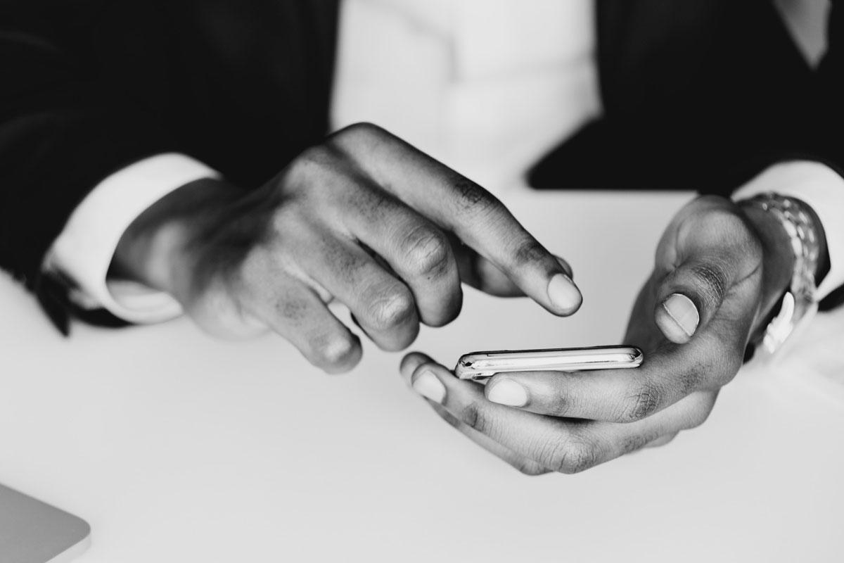 Pure Bros Mobile. Soluzioni Innovative per i Pagamenti Digitali
